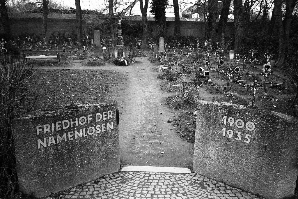 Friedhof der Namenlosen I