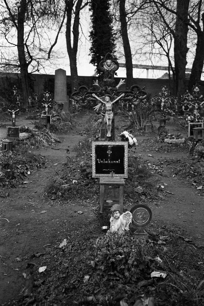 Friedhof der Namenlosen III