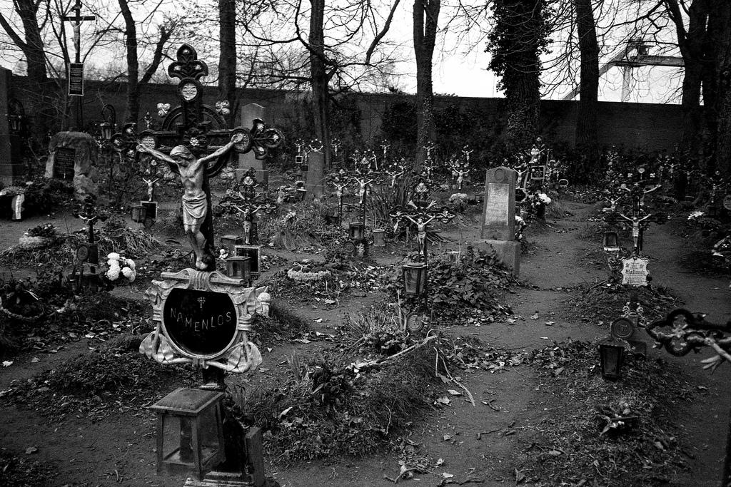 Friedhof der Namenlosen V