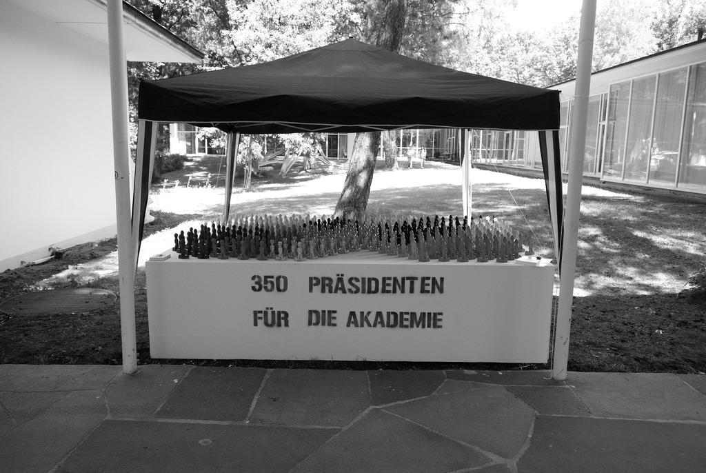 350 Präsidenten für die Akademie: Eröffnung